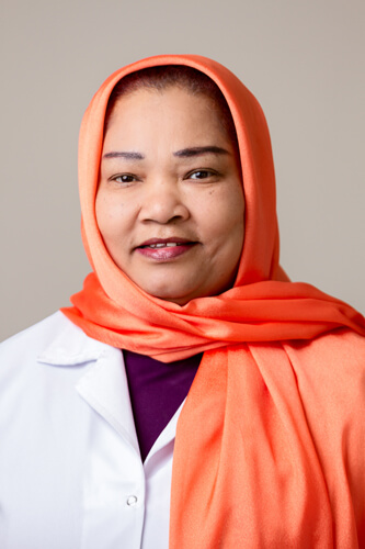 Salwa Taha - pharmacist in Doha